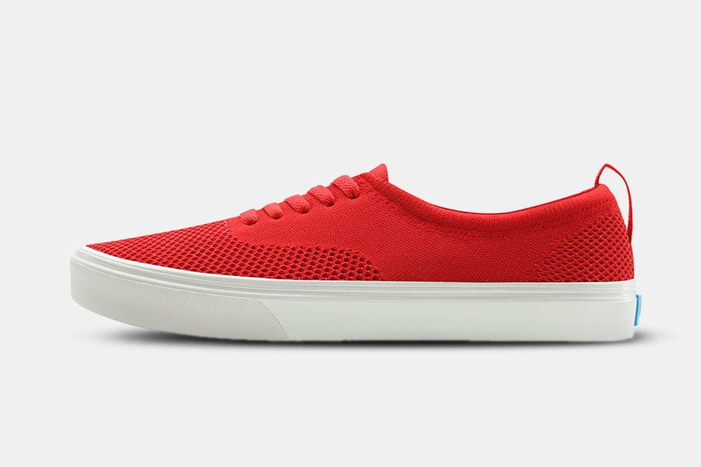 Supreme Red / Picket White