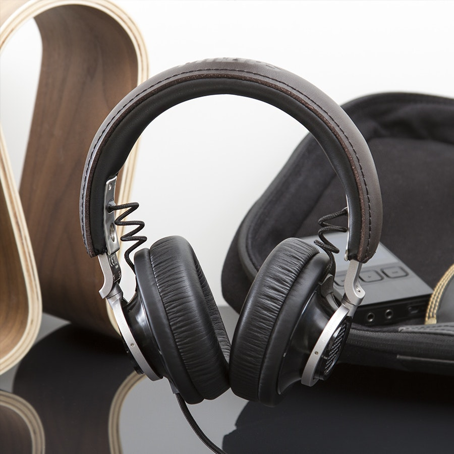 Philips Fidelio L1 Audiophile Headphones