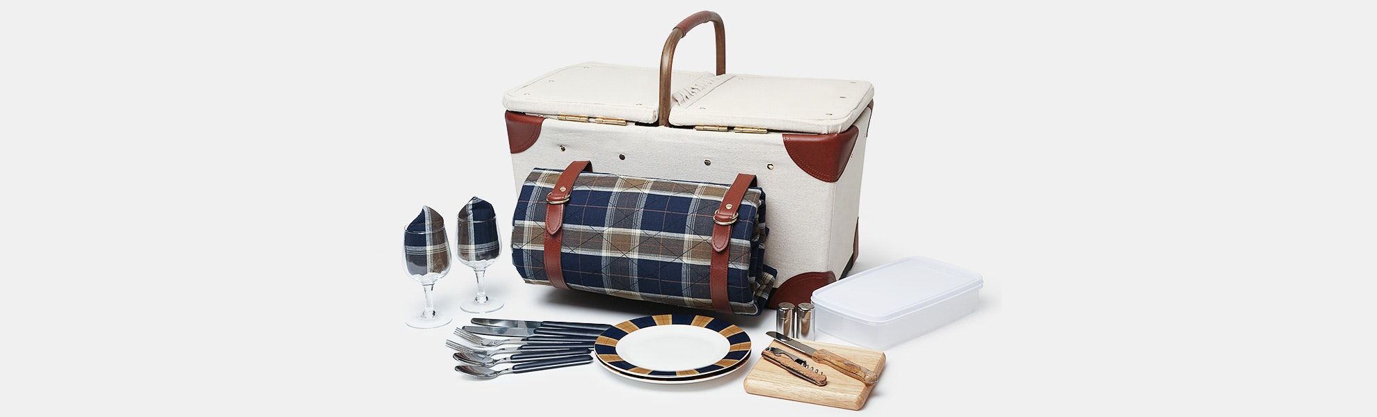 Picnic Time Pioneer Basket for 2