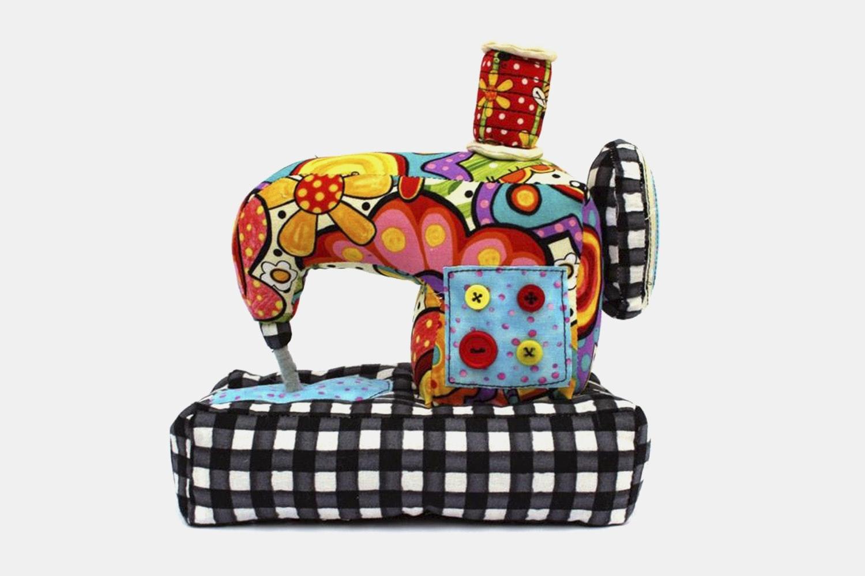 Jennifer Jangles - Sewing Machine
