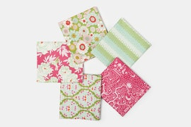 Lemon Tree Fabric Collection - Fat Quarter - Plum/Green
