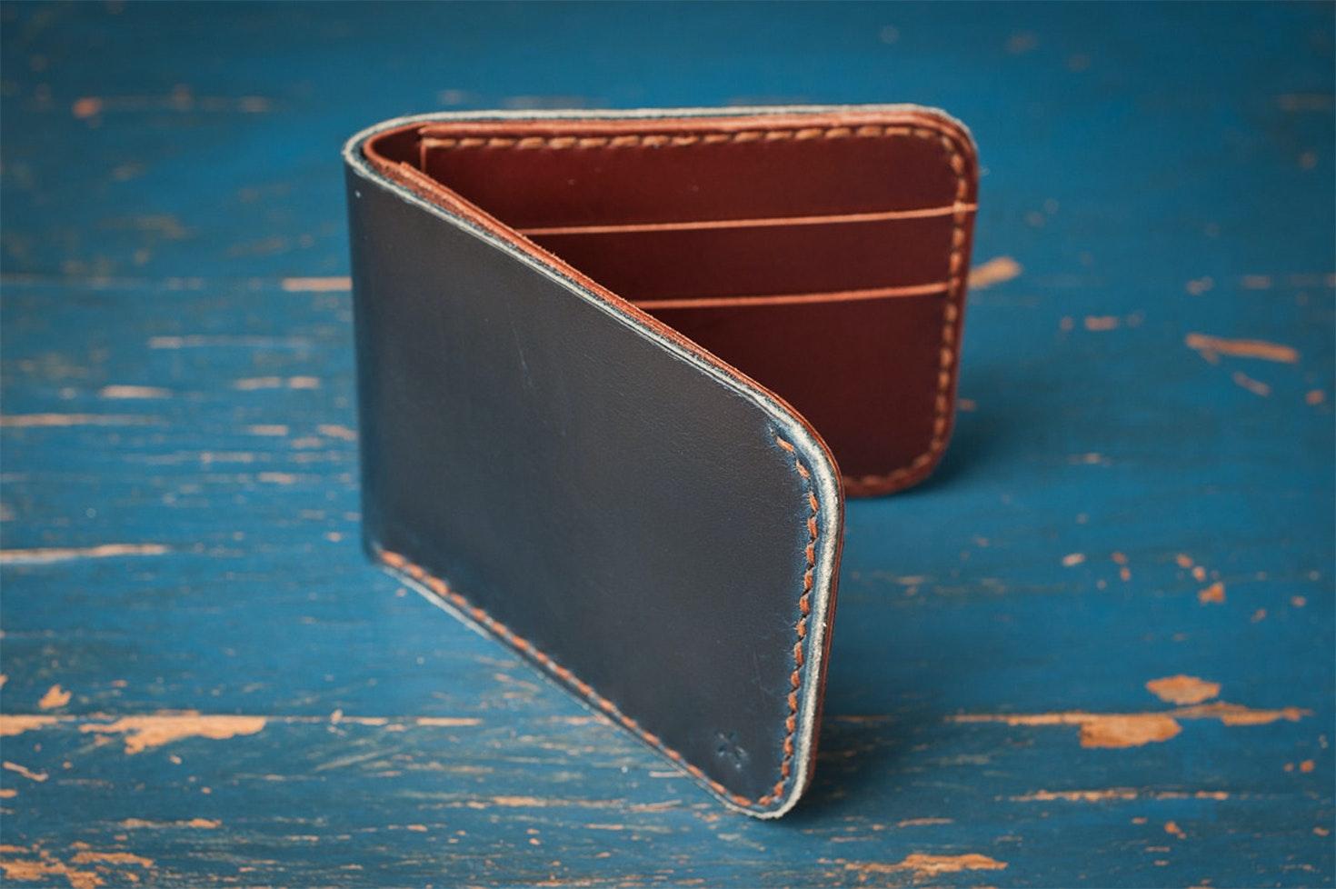 One Star Standard Billfold Leather Wallet