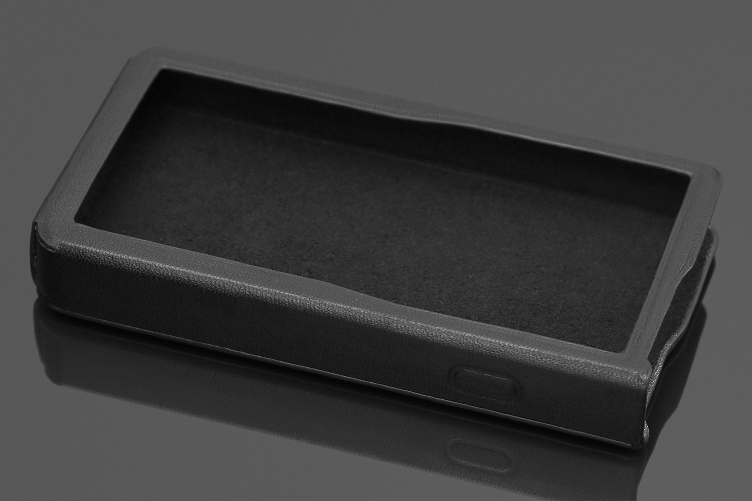 Black Leather Case (+ $50)