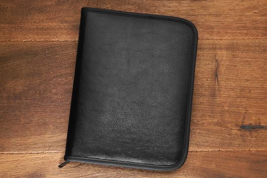 Regal 24-Pen Folio