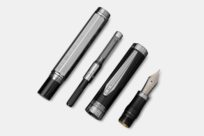 Regal Elizabeth Fountain Pen