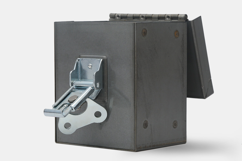 REP Gaming Raw Steel Deck Box – Massdrop Exclusive
