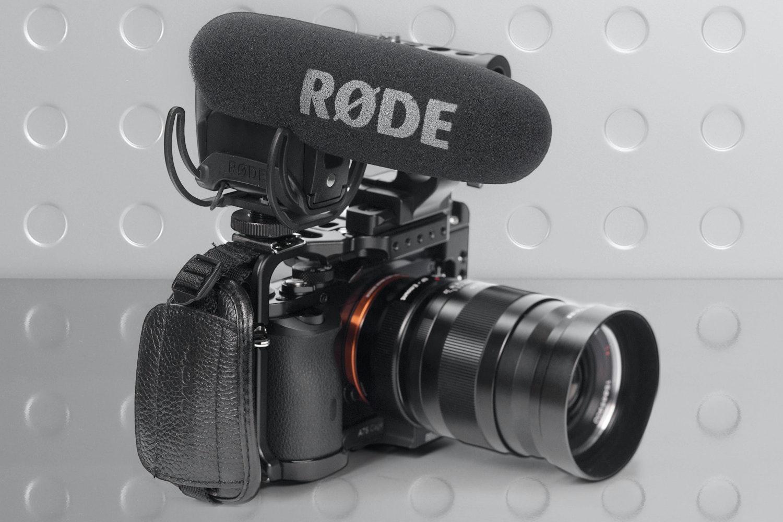 RØDE VideoMic Pro w/ Rycote Lyre Shock Mount