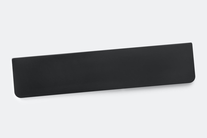 Black (+ $2)