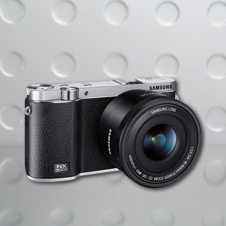 Samsung NX3000 Mirrorless with 16-50
