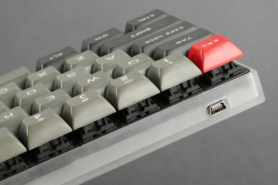 Sentraq Acrylic 60% Keyboard Case