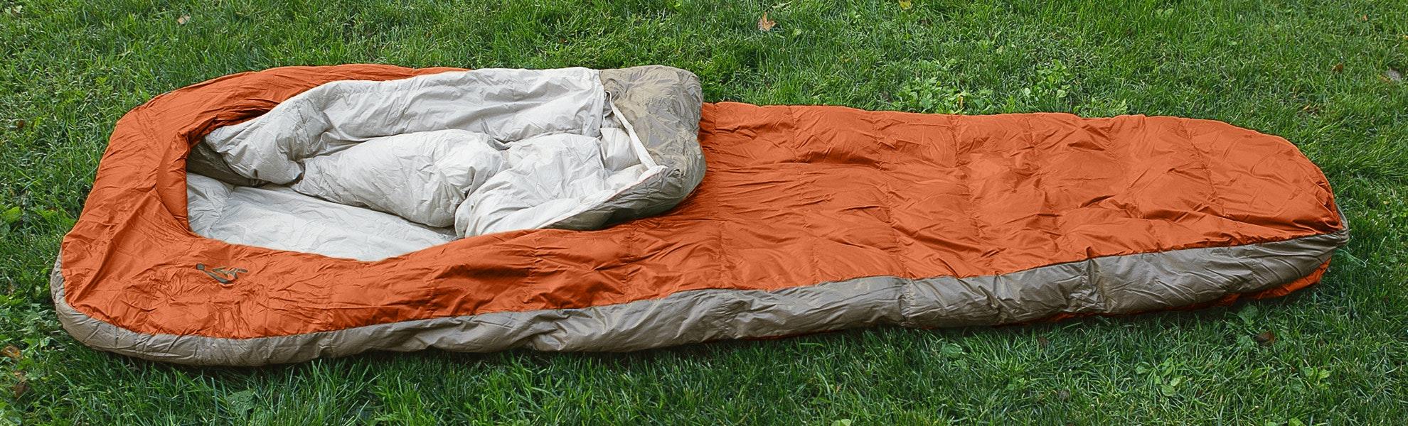 Sierra Designs Backcountry Bed 600 2-Season Long