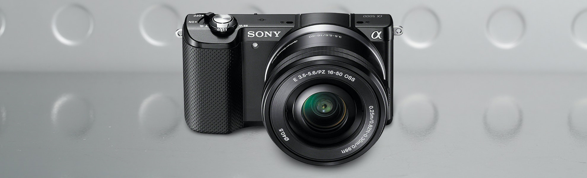 Sony ILCE-A5000 Mirrorless Camera With 16-50mm Lens