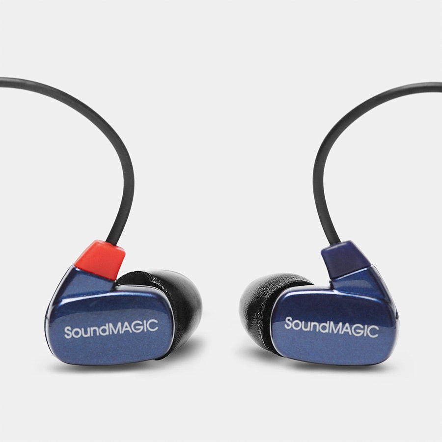 SoundMAGIC PL50 IEMs