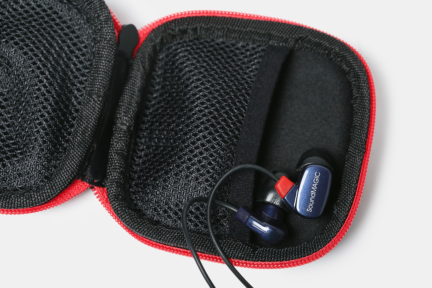 SoundMAGIC PL50 IEMs