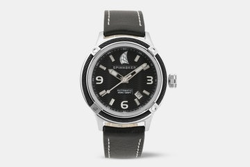SP-5044-01 (black dial, black strap)