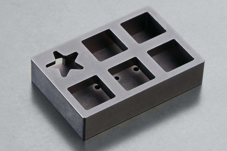 Aluminum Space Gray (- $32)