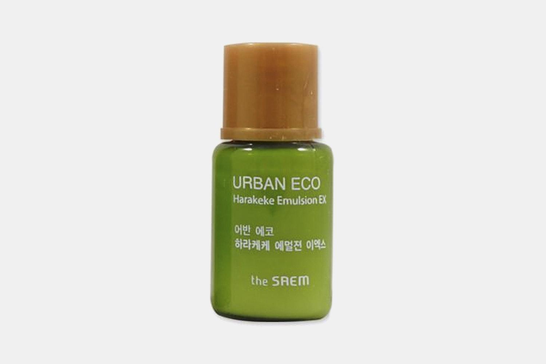 The Saem Urban Eco Harakeke Emulsion (5 ml sample bottle)