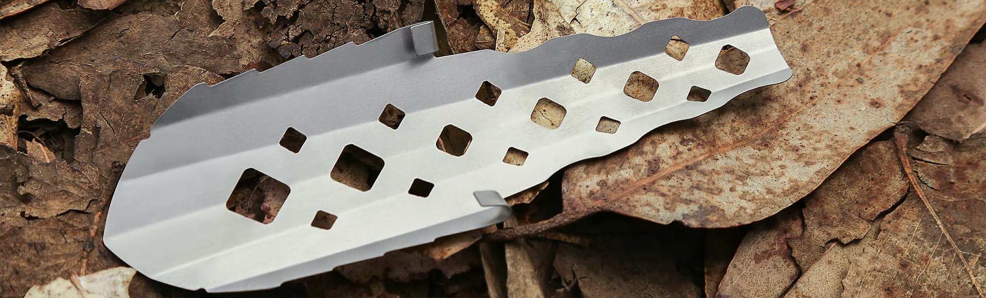 Suluk 46 Large Titanium Trowel Closeout