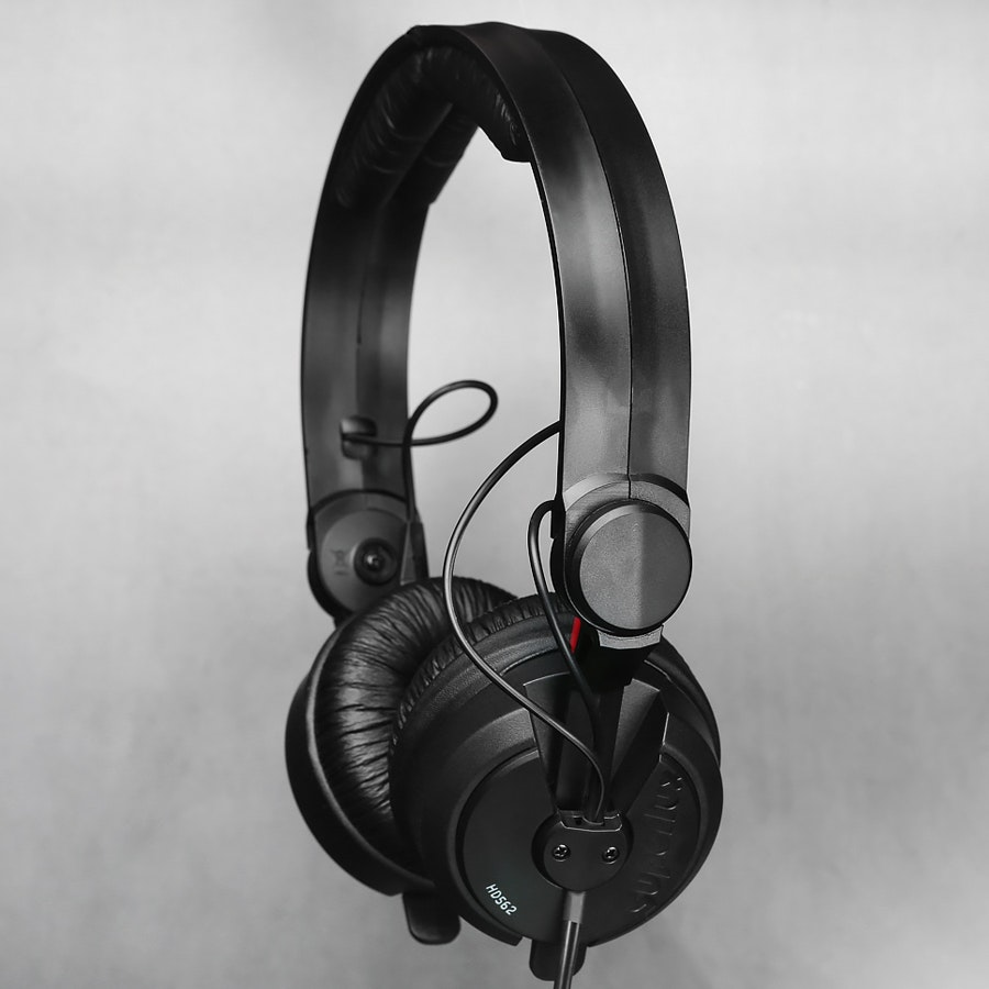 Superlux HD562 Headphones