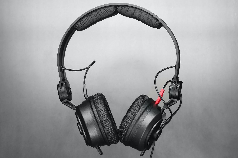 Superlux HD562 Headphones