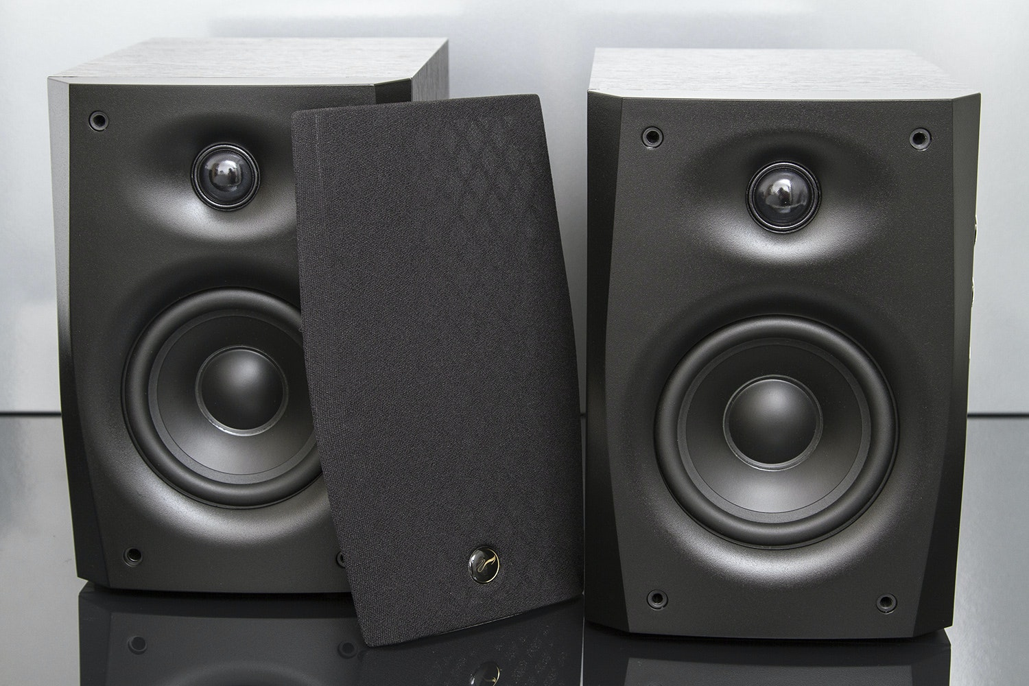Swan D1010 Mk IV Powered Speakers