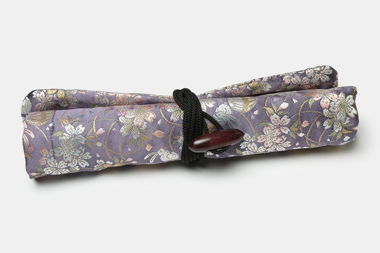 Silk 4-Pen – Pastel Bunnies And Sakura Vines (+ $35)