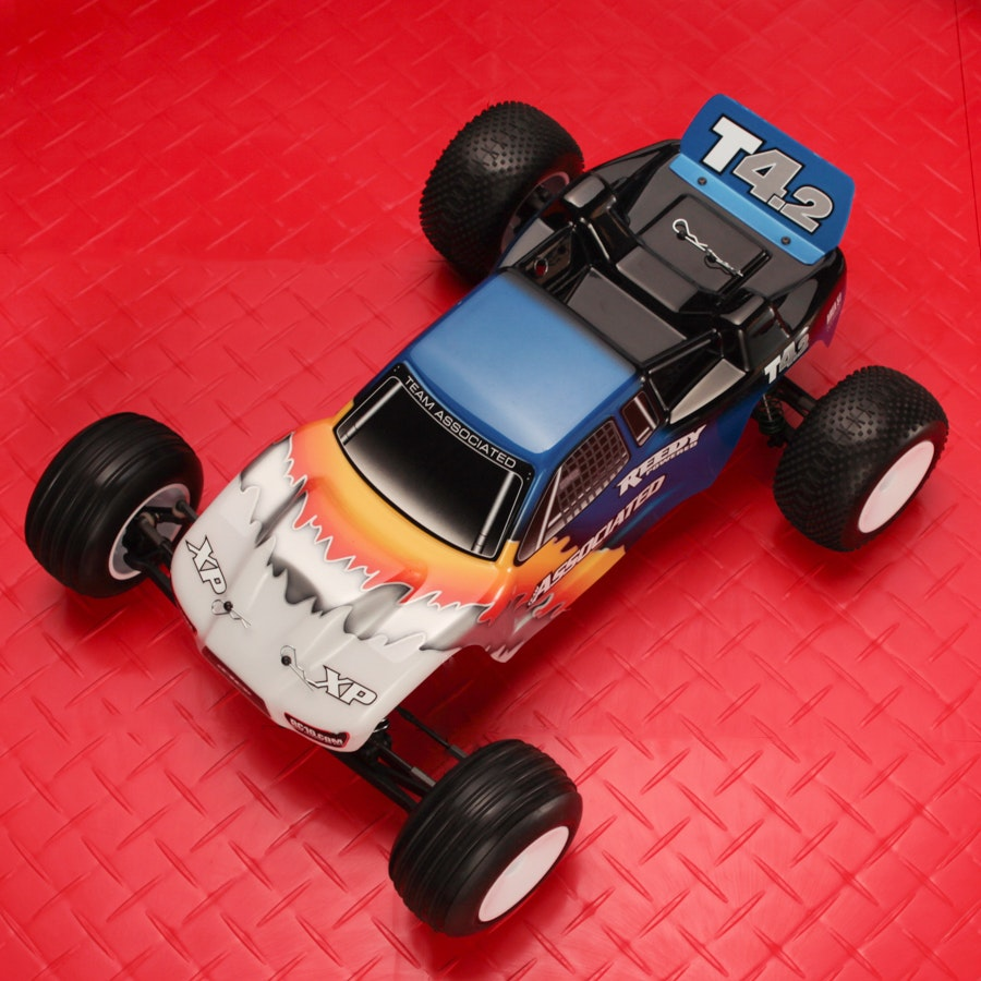 Team Associated T4.2RS 1/10 Brushless RTR RC Truck