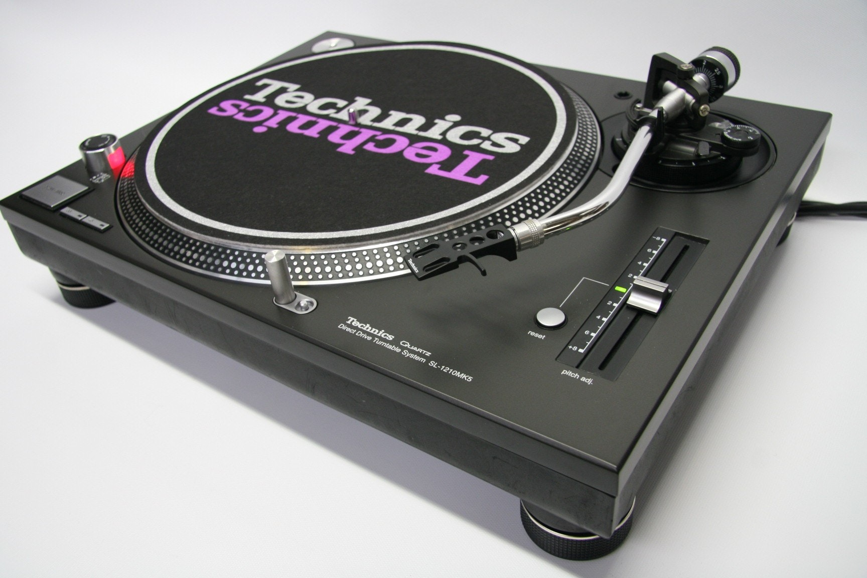 Technics SL-1210Mk5 Turntable
