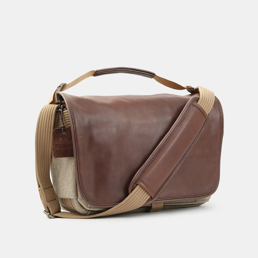 Think Tank Retrospective Leather Shoulder Bags