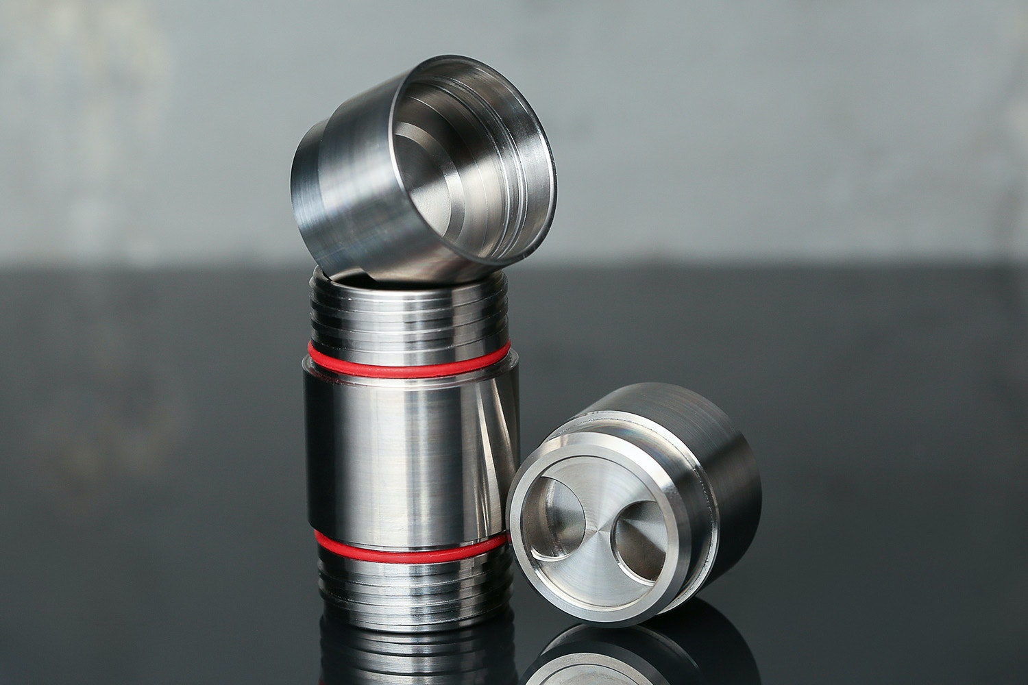 Titaner Double-Ended Capsule