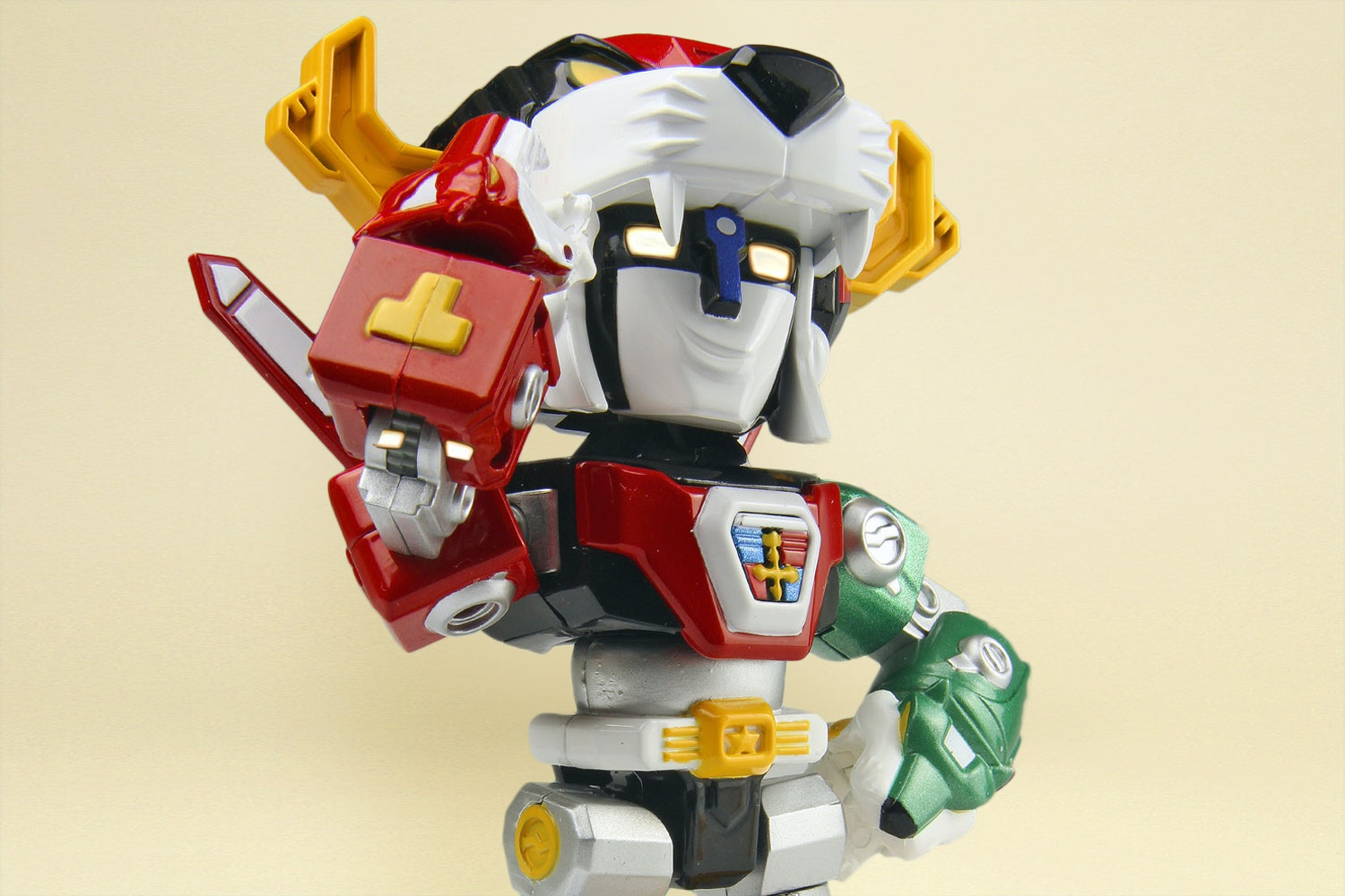 Toynami Voltron Super Poseable Action Figure