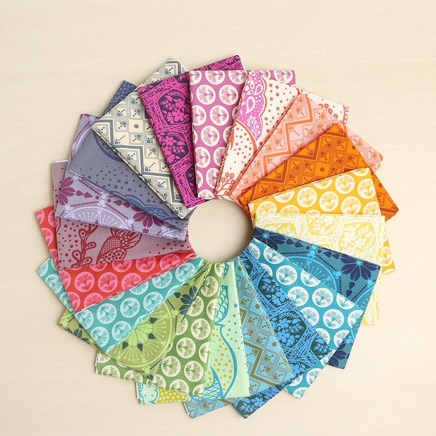 True Colors Fat Quarter Bundle by Anna Maria Horner