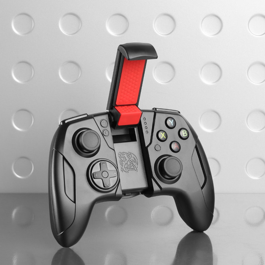 Tt eSPORTS Contour Gaming Controller for IOS & App