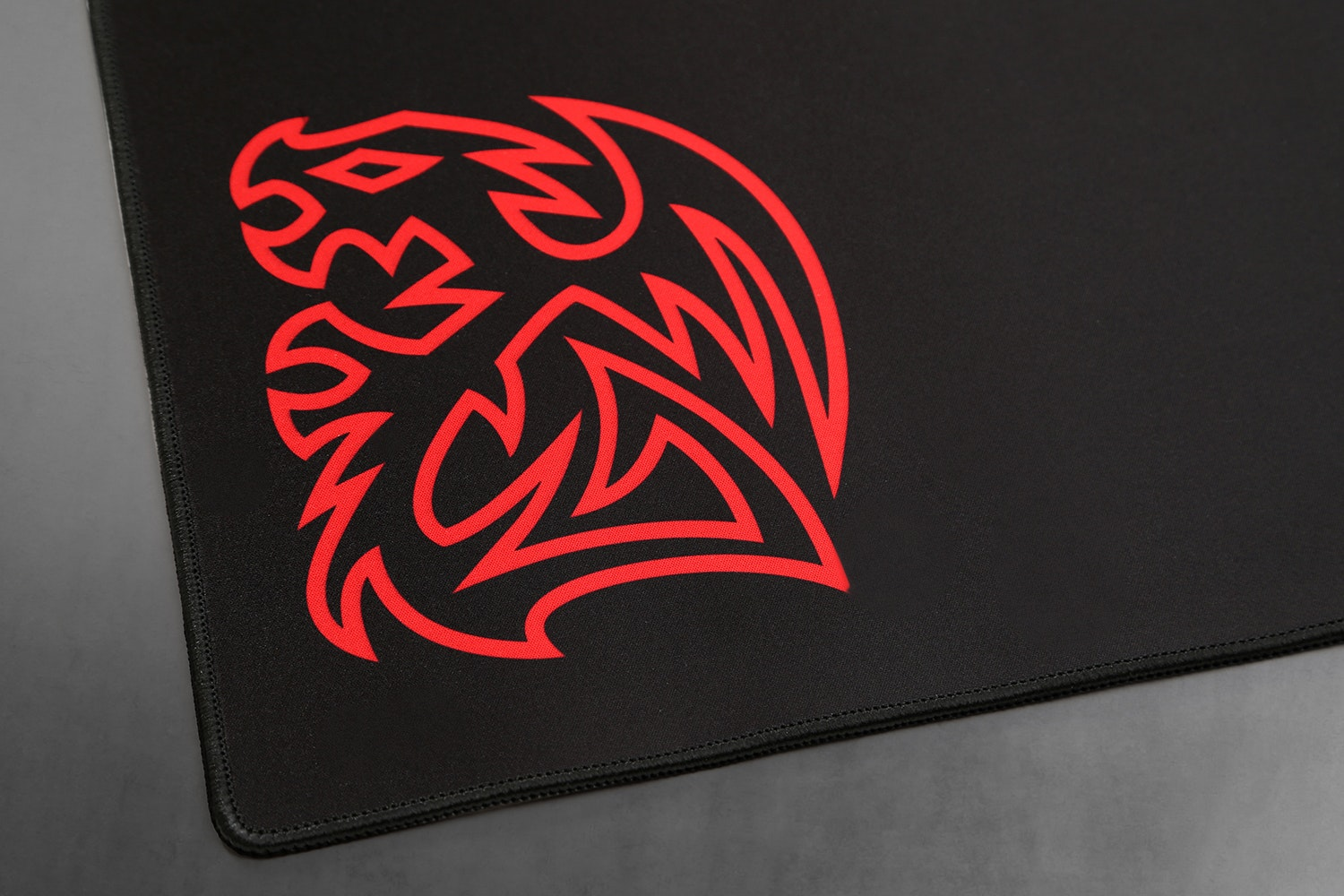 TT eSports Dasher Extended Desk Mat