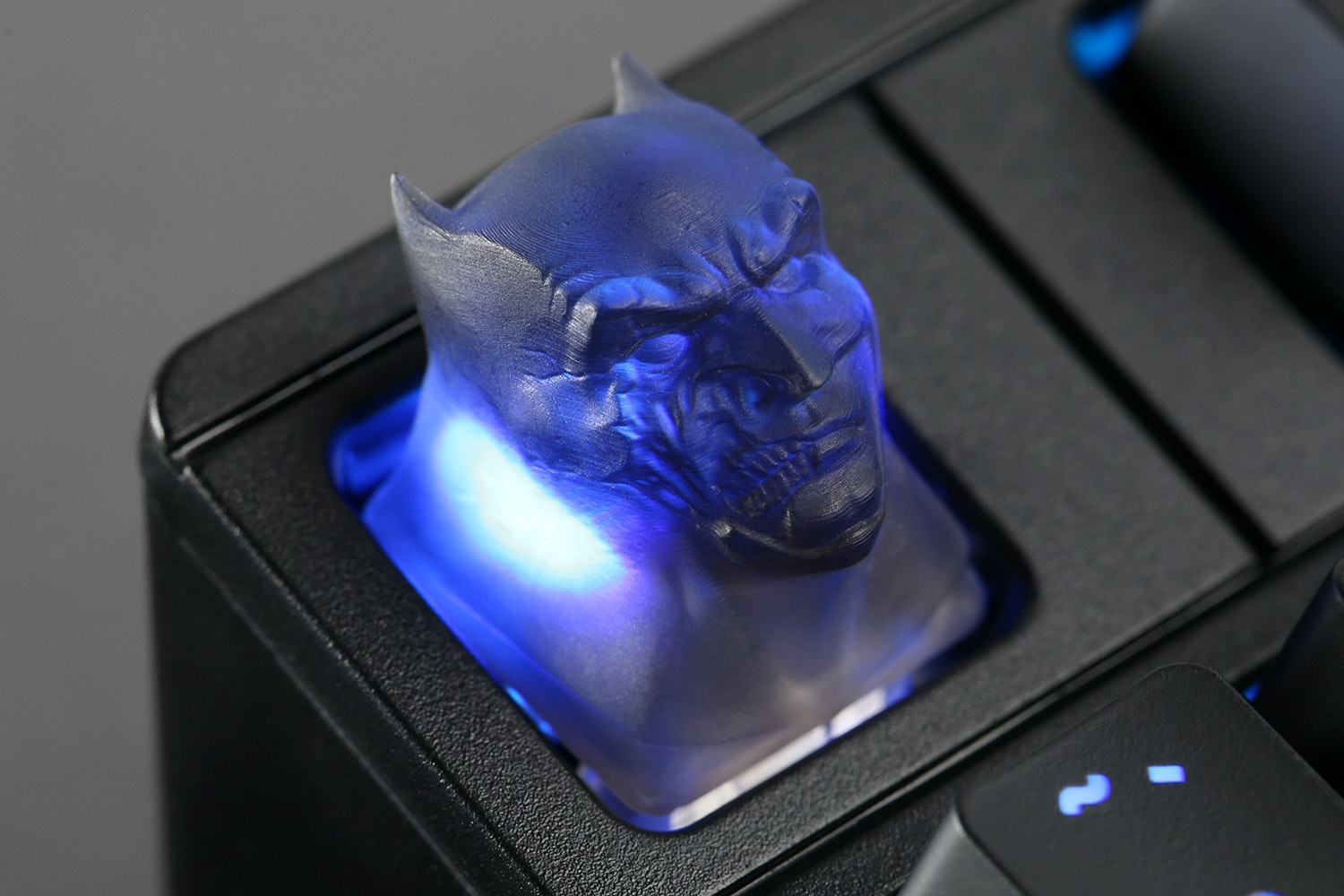 Twisted Crusader Artisan Keycap
