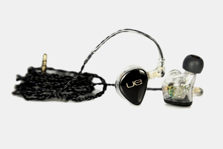 Ultimate Ears 18+ Pro Universal Fit IEMs