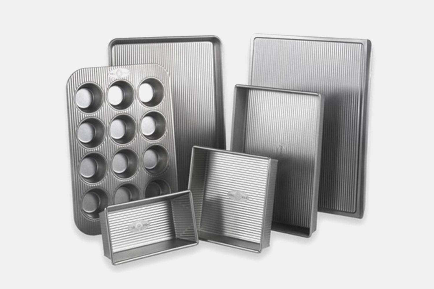 6-Piece Bakeware Set (+$25)