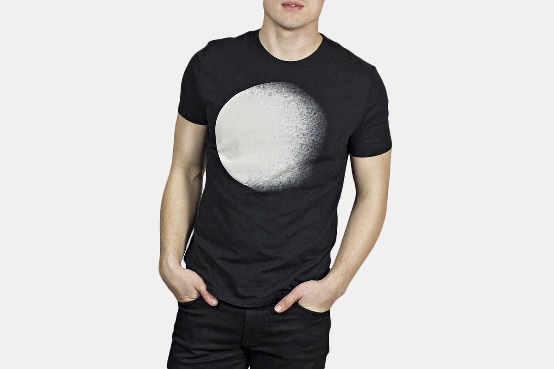 Dark Moon Black - Black
