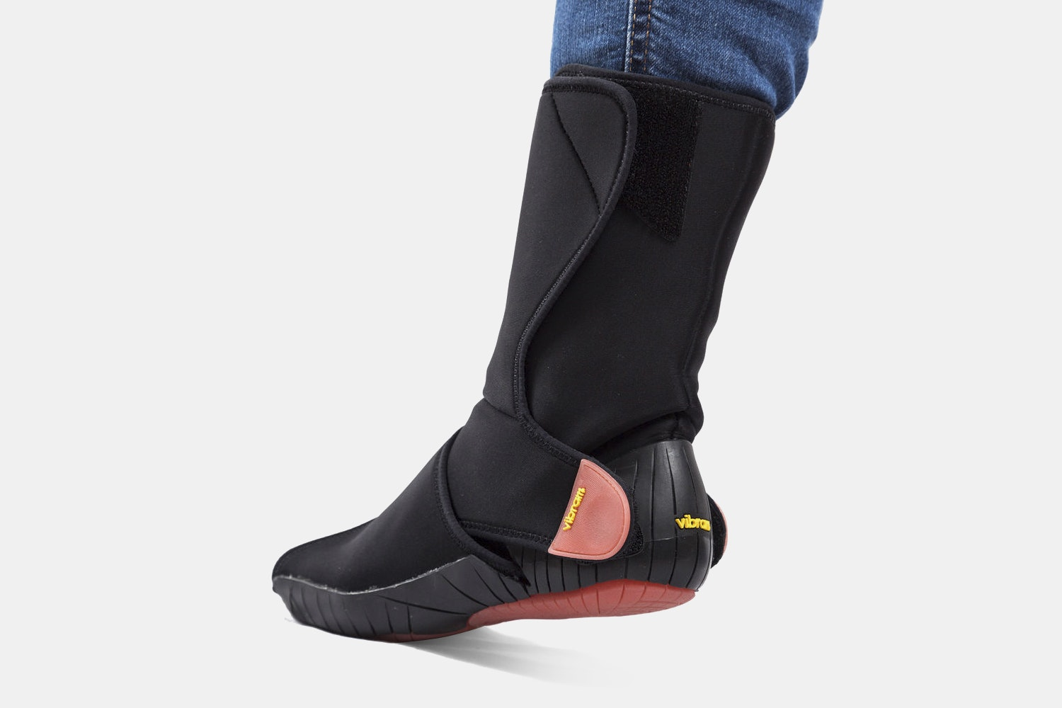 Neoprene Mid Black/Red (+ $15)