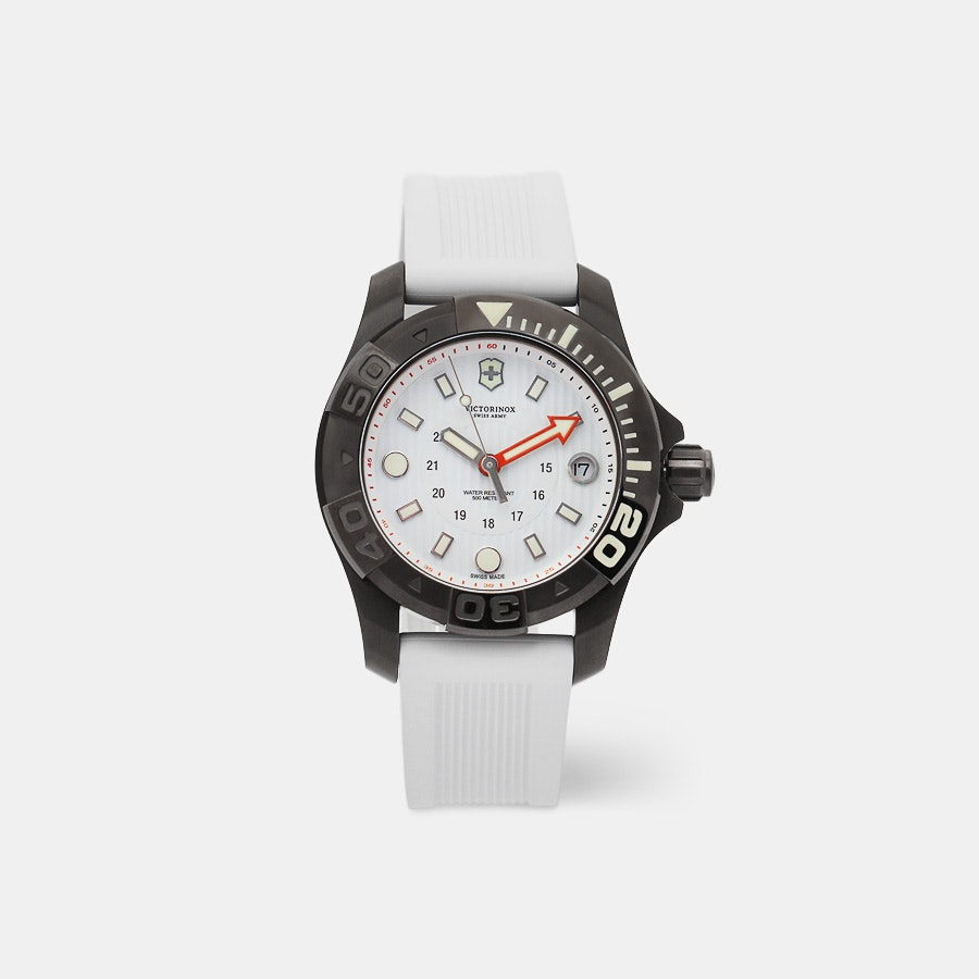 Victorinox Dive Master 500 Mid-Size Quartz Watch