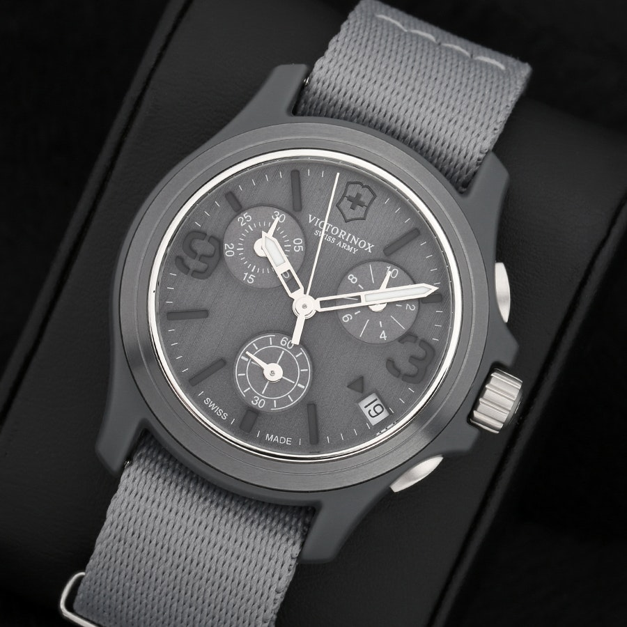 Victorinox Original Chronograph Gray Watch