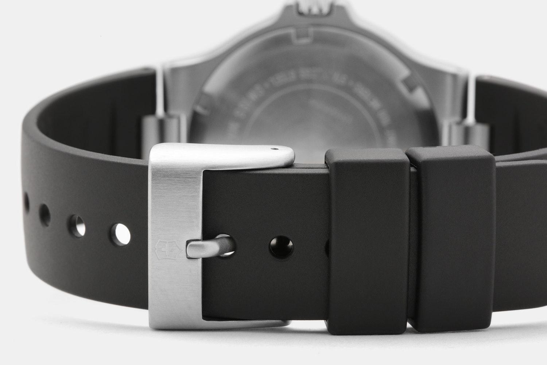 Victorinox Summit XLT Quartz Watch