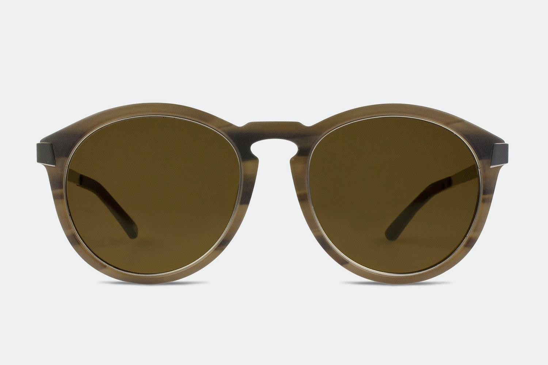Matte brown stripe frame w/ dark brown lenses