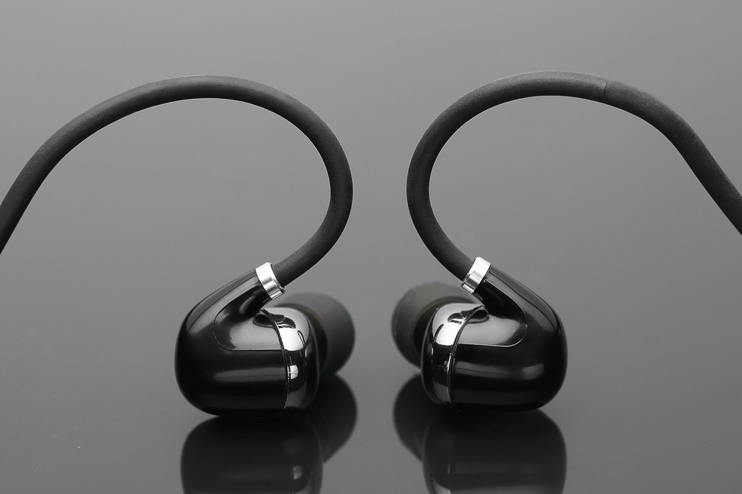 VOXOA Bluetooth 4.1 Water-Resistant SportsBuds 900
