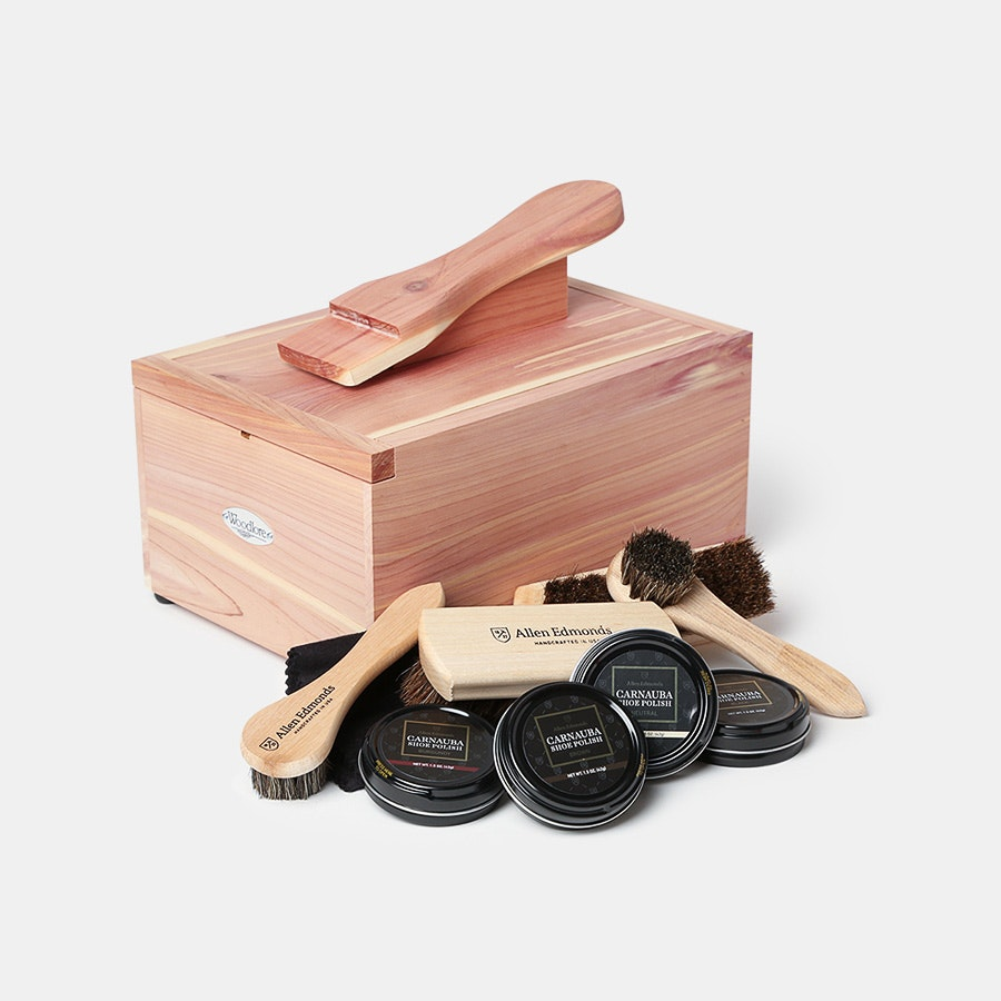 Woodlore Cedar Shoe-Care Valet Starter Kit II
