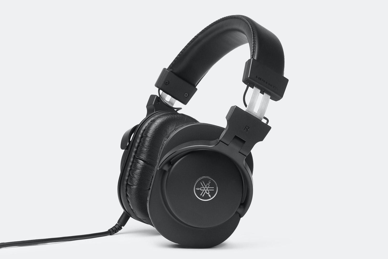 Yamaha HPH-MT5 & MT8 Studio Headphones